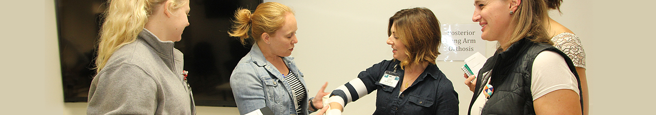 Photo of students learning how to splint